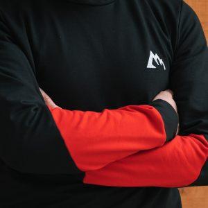 Le sweat Fantine rouge et noir