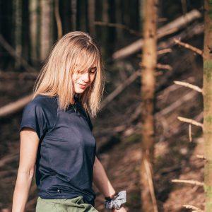 Le tee-shirt en bois Julie bleu uni